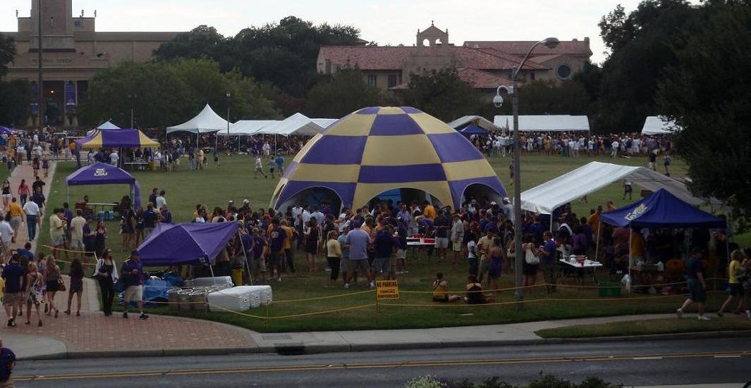 LSU tailgating & In Just Two Minutes: Sunbelt Inflatable Tents - Inside Tailgating