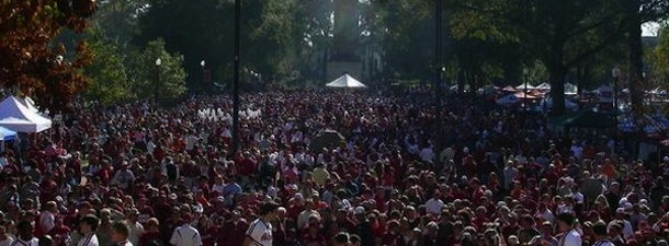 The ultimate college football game is almost here and fans from No. 1 LSU and No. 2 Alabama are all set to converge on Tuscaloosa on Saturday night. & University of Alabama tailgating - Inside Tailgating