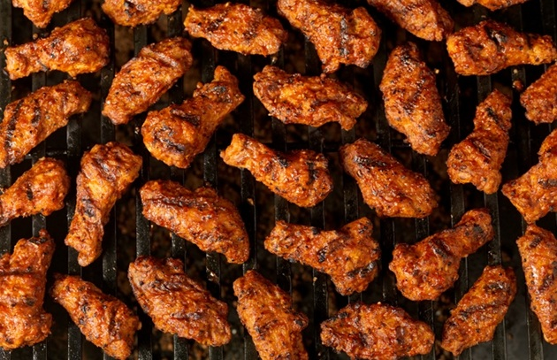 """Beer-barbecued wings from """"Barbecue! Bible"""""""