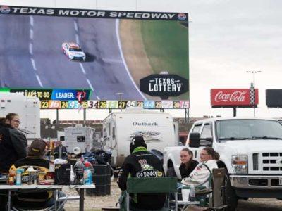 "Daytona 500 on the ""Big Hoss"" is catching on"