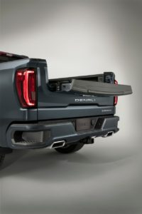 GMC Sierra's new tailgate meant for tailgating