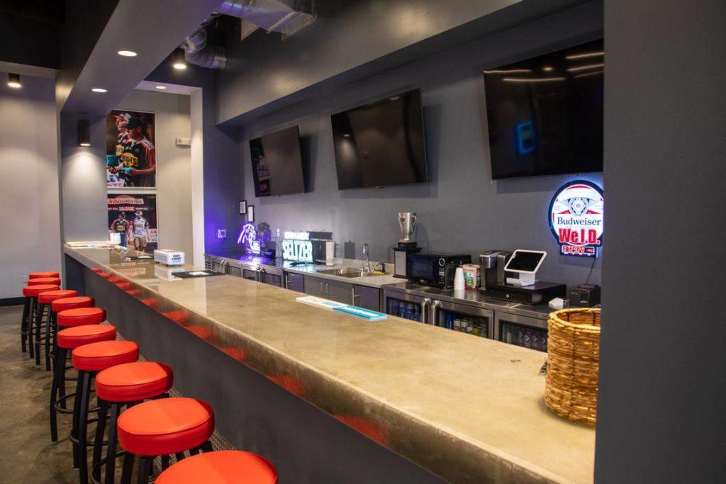 ACL HQ Bar